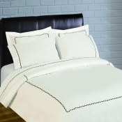 300 Thread Count Scallop Embroidery Percale Duvet Set - black